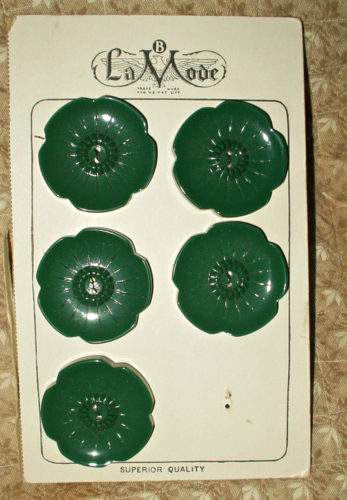 La Mode Green Bakelite Buttons Vintage 1930 1940 Card Lot of 5