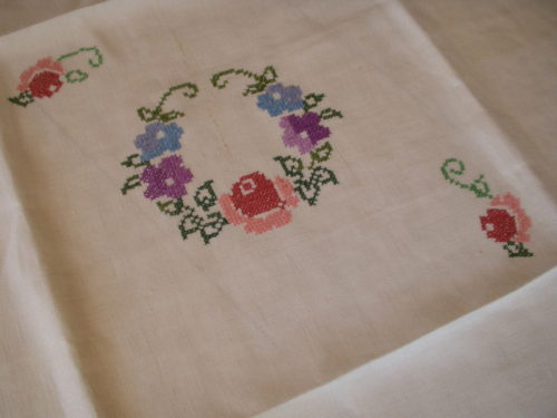 Vintage 1930s 1940s Square Linen Tablecloth Hand Cross Stitch Embroidery
