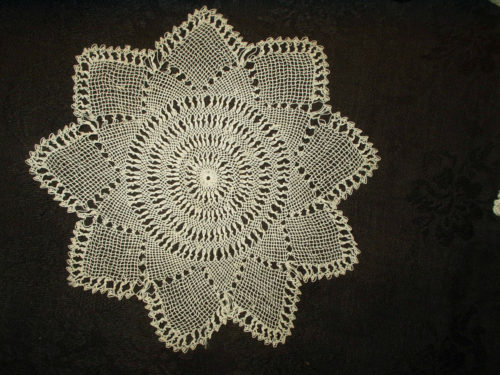 Bebilla Armenian Knotted Table Doily Victorian Edwardian Era