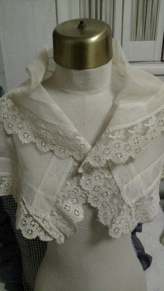 Victorian Antique Tulle Shawl Net Scarf Lace Edge Collar 19th Century