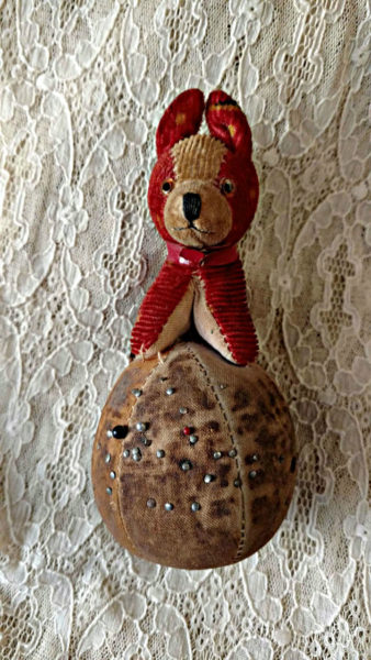 Cloth Dog On Ball Pincushion 1930s Vintage Sewing Tool