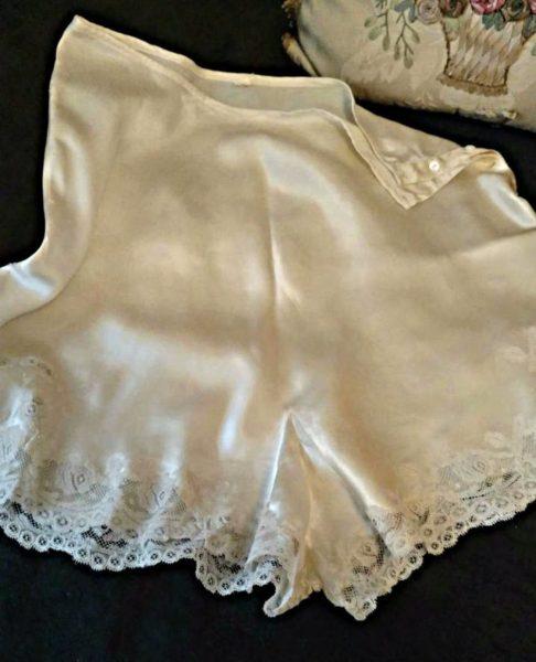Vintage 1940s Silk Satin Tap Trouseau Panties Ivory Alencon Lace