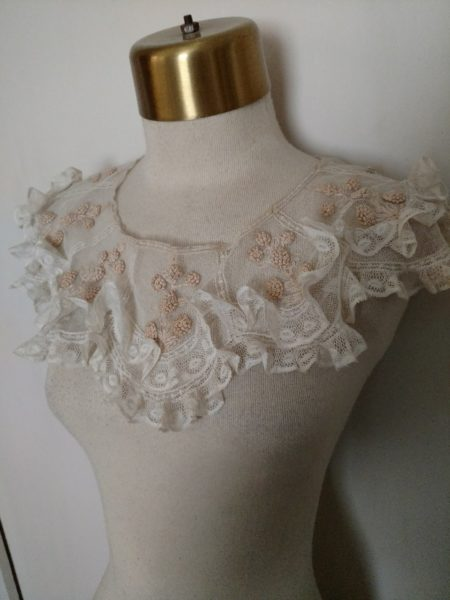 1920s Net Collar Hand Embroidery French Knots Lace Ruffles