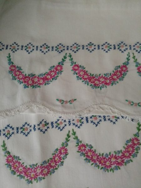 1950s Pillowcases Embroidery Crochet Cross Stitch Flowers