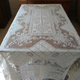 Vintage 1920s Knotted Tablecloth Art Deco Filet Lacis White Cotton