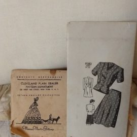 Marian Martin 1940s Skirt Blouse Unmarked Unused Sewing Dress Pattern