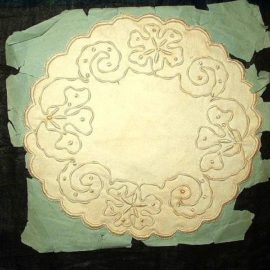 Early 1900 Hand Embroidery Coronation Linen Doily Still On Original Paper