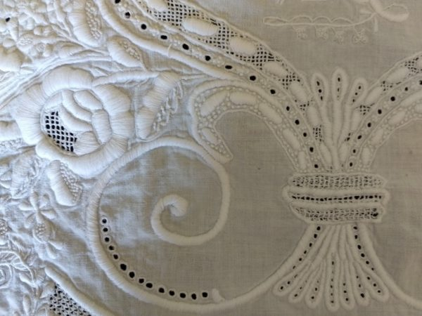 Antique Wedding Italian Needlework Bed Sheet Embroidery Drawn Thread Motto