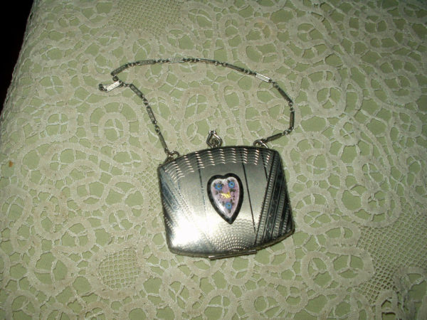 1920s Silver Metal Guilloche Heart Compact Dance Purse Chain Handle