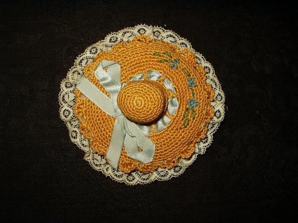 Vintage 1930 Crochet Lace Hat Vanity Powder Puff