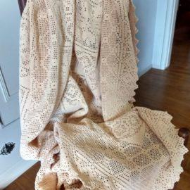 Vintage Hand Crochet Coverlet Tablecloth Ecru Throw 1920s 1930s