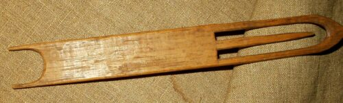 American Vintage 1900 Hand Made Wooden Weaving Darning Netting Shuttle Tool